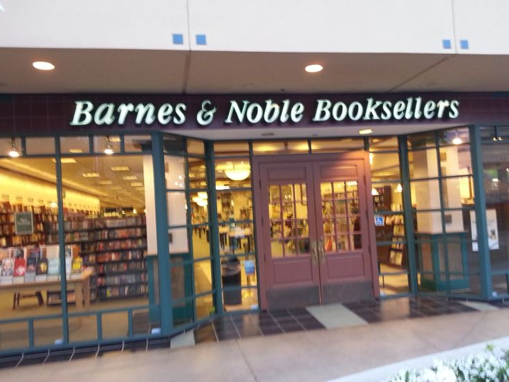barnes and noble target market Strategic report for barnes & noble, inc hunter phillips adam henry corey van der wal in addition, the expanding market for electronic books may also provide  8.