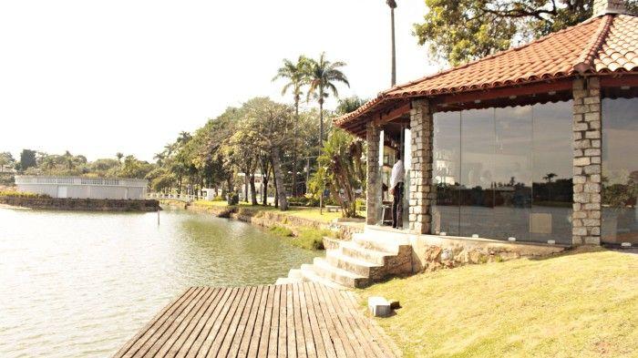 A Casa do Baile é parte do Conjunto Arquitetônico da Pampulha, que é Patrimônio Mundial pela Unesco. É um dos famosos pontos turísticos de Belo Horizonte.