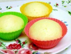 「基本のシンプルな蒸しパン★離乳食」材料は薄力粉、ベーキングパウダー、牛乳だけ。息子が喜んでパクパク食べてくれるうちは、卵なし、バターなし、砂糖なしで作ろうと思います。【楽天レシピ】