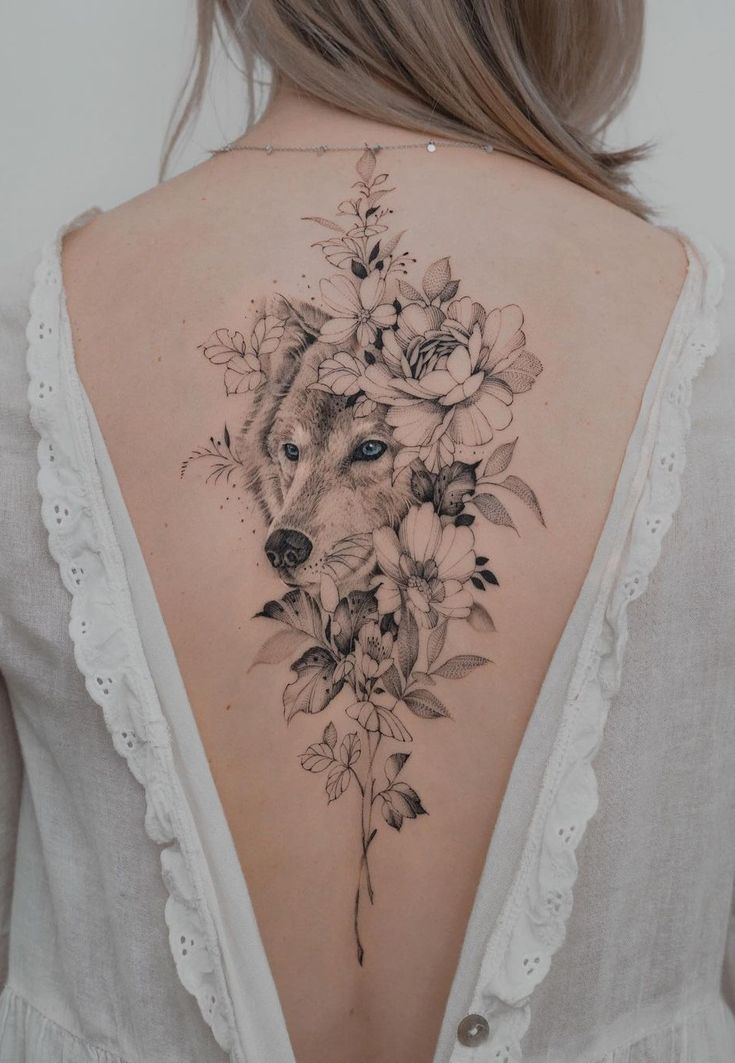 50 Of The Most Beautiful Wolf Tattoo Designs The Internet Has Ever Seen | Wolf tattoos for women, Beautiful back tattoos, Floral back tattoos