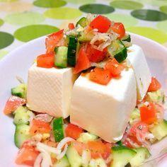 ゆーて、市販のハーブミックスやねんけどなwww。熟成タイプのオリーブオイルとリンゴ酢と… - 48件のもぐもぐ - イタリアンサラダ豆腐。 by usaG