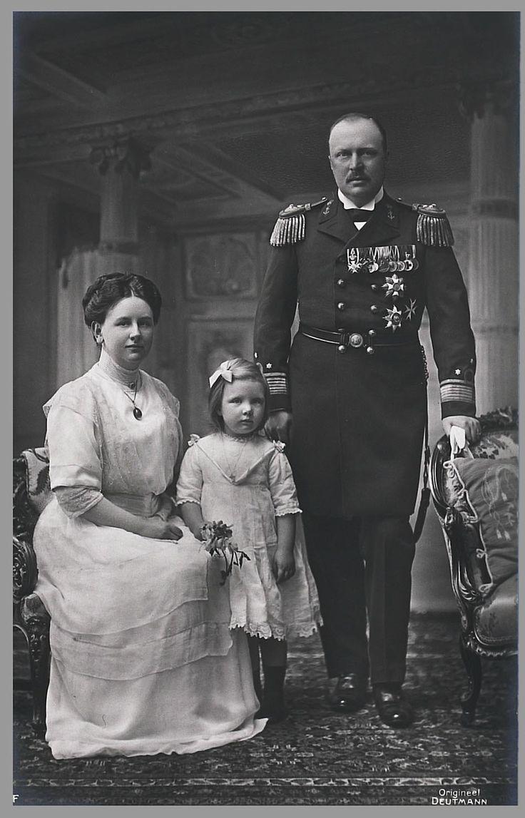 Wilhelmina, Juliana, Hendrik