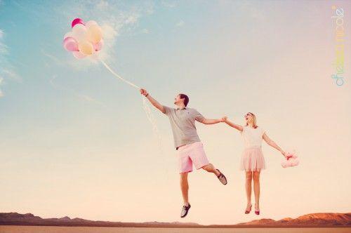 Znalezione obrazy dla zapytania sesja ślubna z balonami