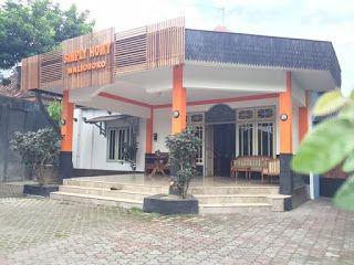 Simply Homy Guest House Malioboro, Yogyakarta Penginapan di Jogja : Guest House Malioboro Alamat : Jl. Tegal Panggung no.44 Malioboro, Yogyakarta, Indonesia  Contact : 08112636125, 087839008831 Whatsapp : 0811-2636-125 PIN BB : 5C94FFEA