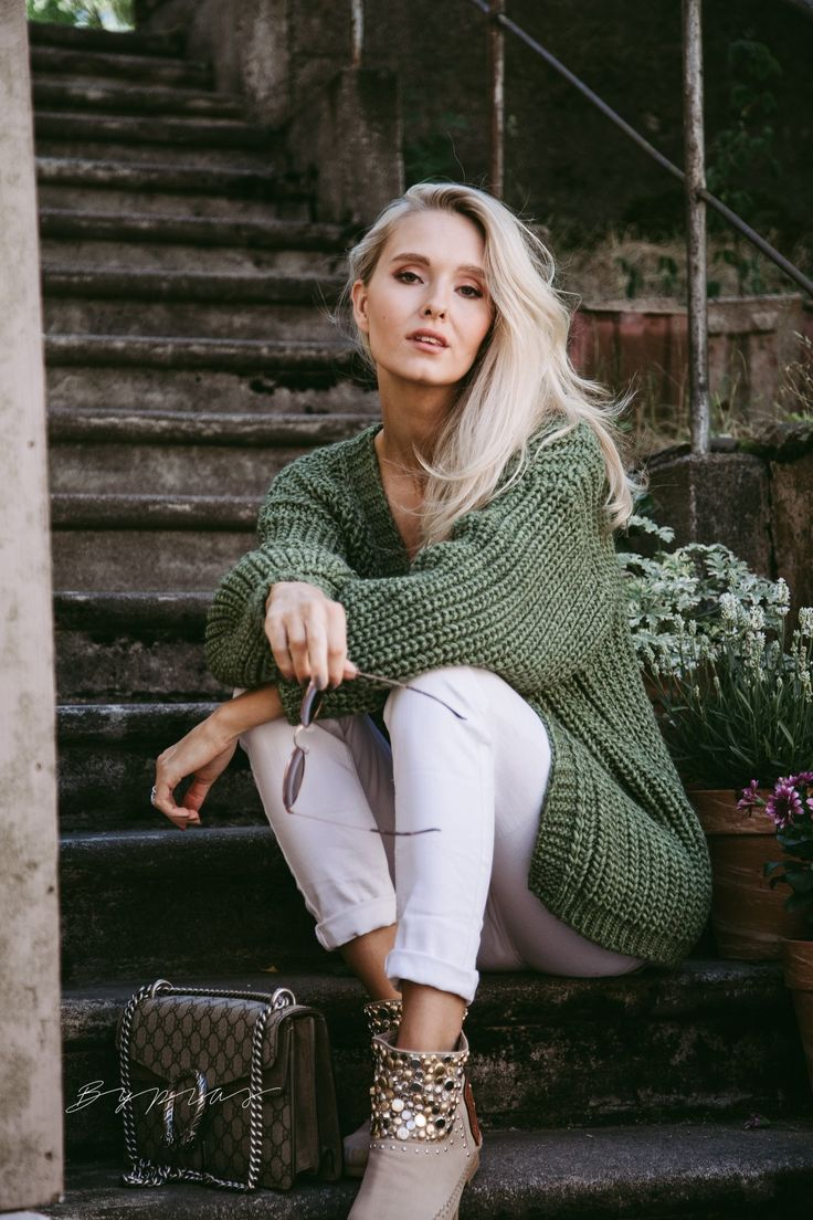 Pin by Anna Przybysz on Inspiratie: bypias | Hot sweater