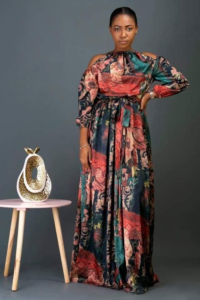 Modèles de robes en tissu