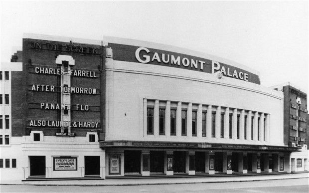 An April 1932 photograph of the Gaumont Palace (later Hammersmith Odeon and Hammersmith Apollo), a cinema designed by Robert Cromie.