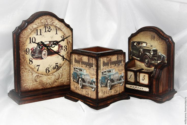 """""""Автомобили"""" набор на рабочий стол - вечный календарь, карандашница, часы настольные, часы"""