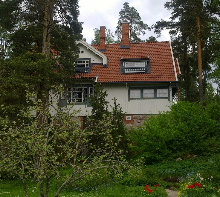Ainola House as seen from the garden