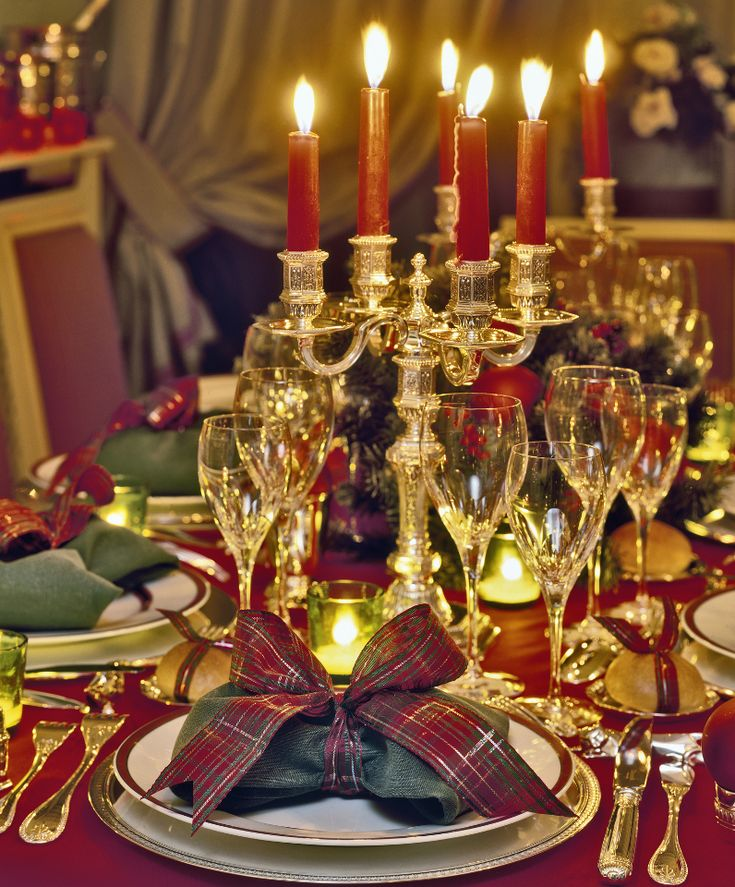 1000 ideas about christmas dinner tables on pinterest