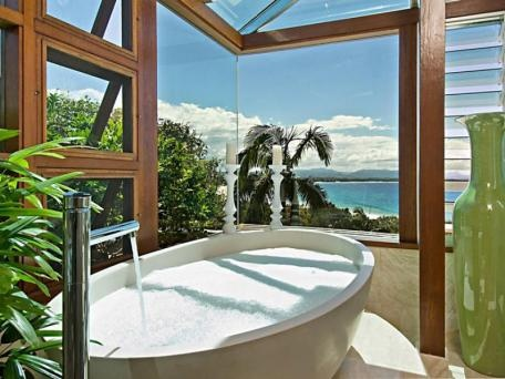 Lighthouse Road, Byron Bay  Bathtub with a view.