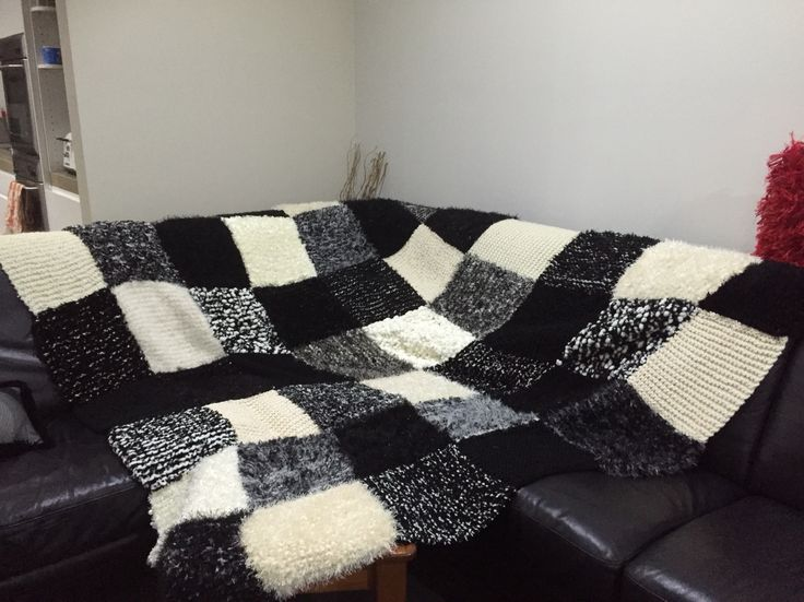 Knitted square Blanket - very heavy and cozy ❤️