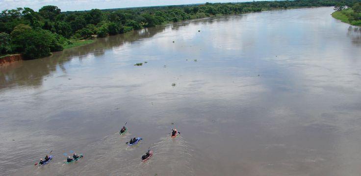 Viaje al Festival de la Cumbia en El Banco Magdalena. Viaje en kayak en el río Magdalena. http://www.awakeadventures.com/es/expedicion/tamalameque-momp%C3%B3s-festival-de-la-cumbia