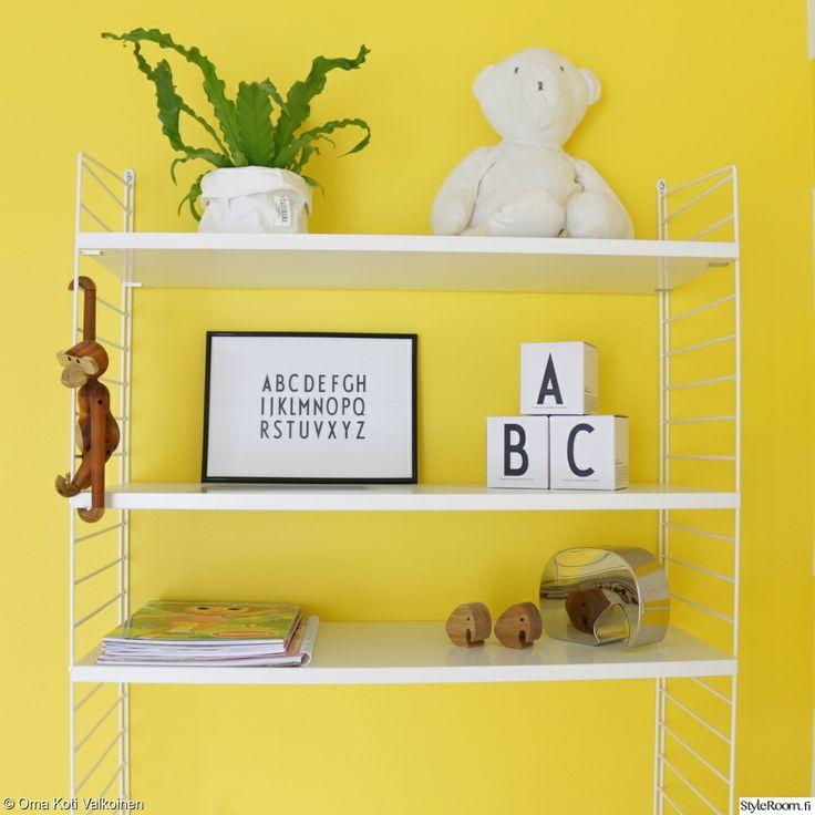Keltainen seinä + string-hylly = I love it <3