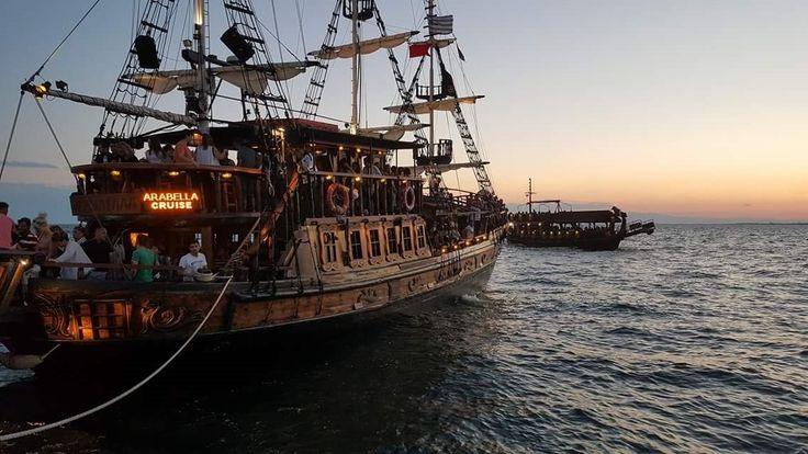 Arabella Floating Bar, Thessalonique : consultez 51 avis, articles et 75 photos de Arabella Floating Bar, classée n°1 sur 7 activités à Thessalonique sur TripAdvisor.