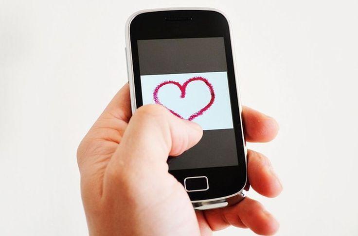 Il mio stile libro - Le relazioni con persone che non ci meritano che senso hanno? #ConversazioniDelCuore http://www.ilmiostilelibro.it/le-relazioni-con-persone-che-non-ci-meritano-che-senso-hanno-2/