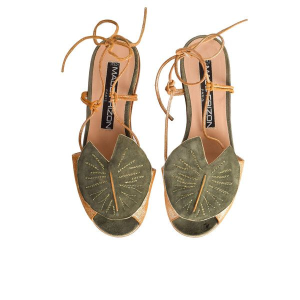 Maud Frizon Vintage Gold Leather Green Suede Lily Pad Sandals (66.340 HUF) ❤ liked on Polyvore featuring shoes, sandals, green sandals, suede flats, flat shoes, gold flat shoes and gold shoes