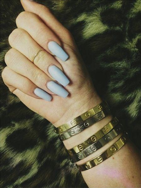 Kylie Jenner - Blue Nails