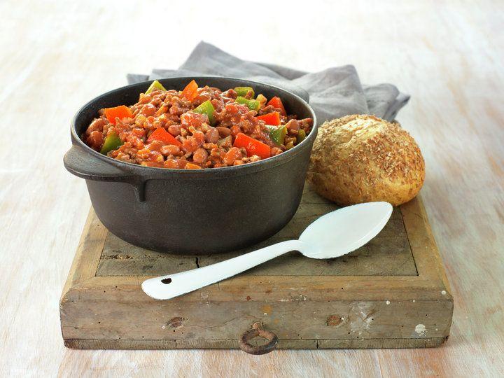 CHILI CON CARNE. Enkel og god. ☺ Kan bytte ut cilibønner med hakkede tomater for mer barnevennlig. Servere med ris og evt salat.