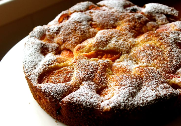 A simple Fresh Apricot Cake www.cookfasteatslow.com