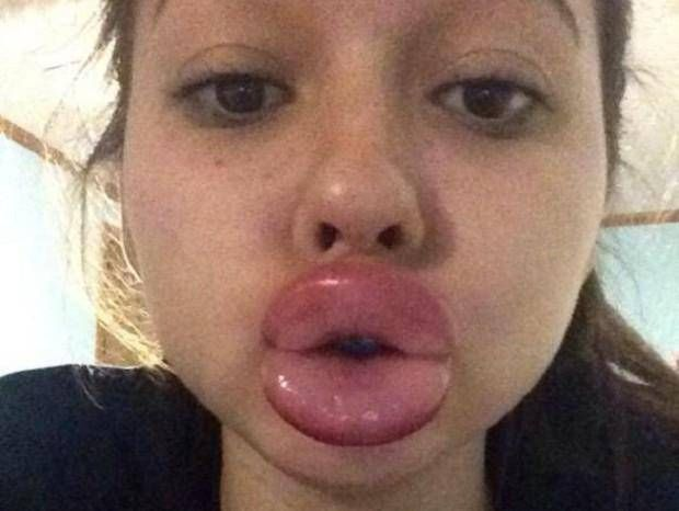 The Worst Kylie Jenner Challenge FAILs on the Internet