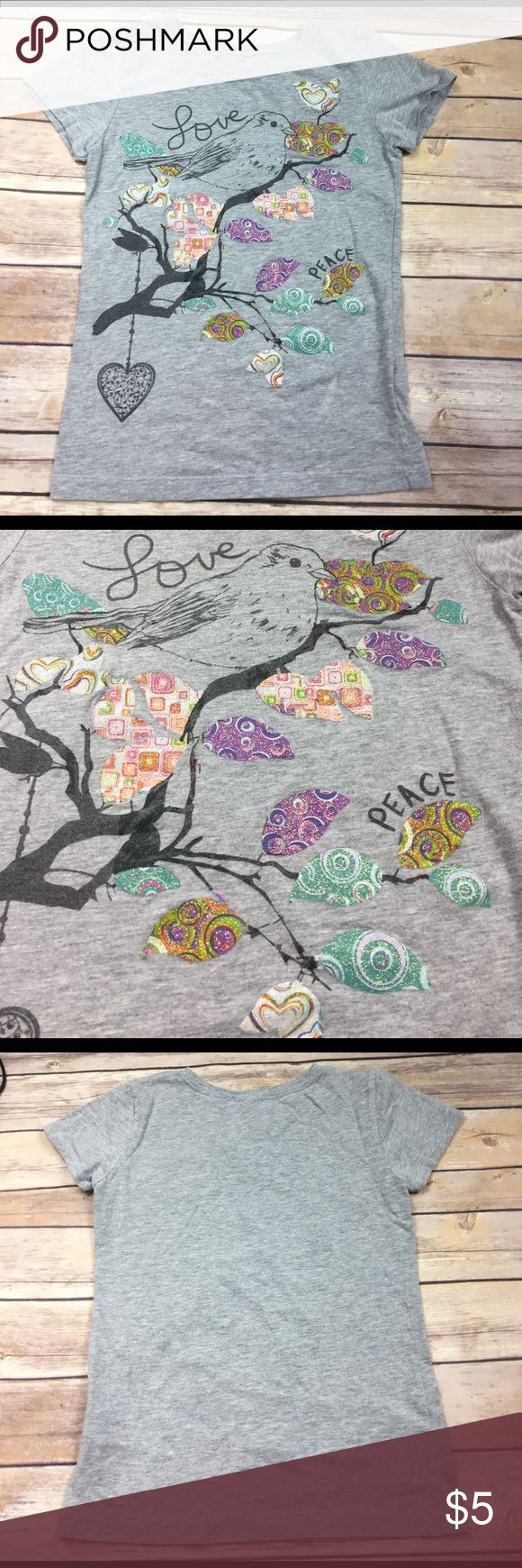 💜Cold Crush size 7/8 Girls tee Sparkly and multi-patterns!  Unique, gently pre-owned tee.  🛍 bundle 2+ items and receive a 25% discount automatically 🛍 Cold Crush Shirts & Tops Tees - Short Sleeve