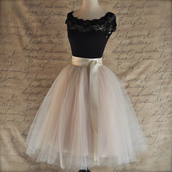 Pale champagne tulle skirt.