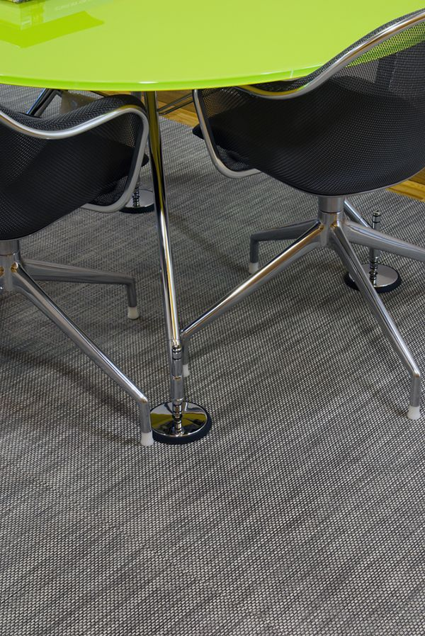 CHILEWICH PLYNYL® CUSTOM FLOOR MATS IN LEMON AND OYSTER BASKETWEAVE AND  FROST TOPAZ AT VIGO