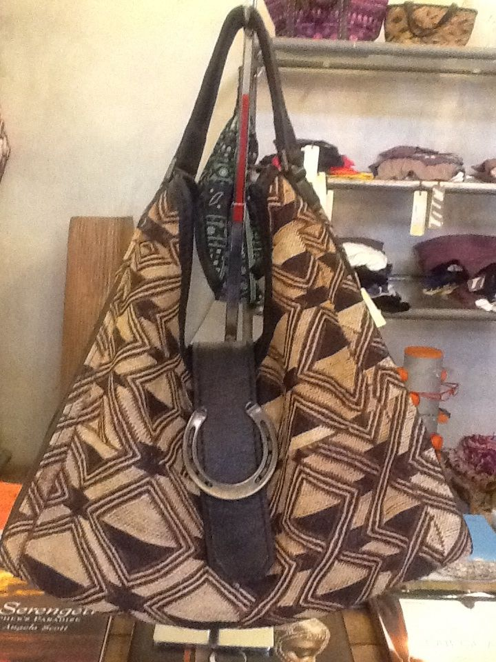 Bakuba bag For informations:wildside@swiftmalindi.com