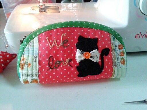 We love cat Cosmetics bag