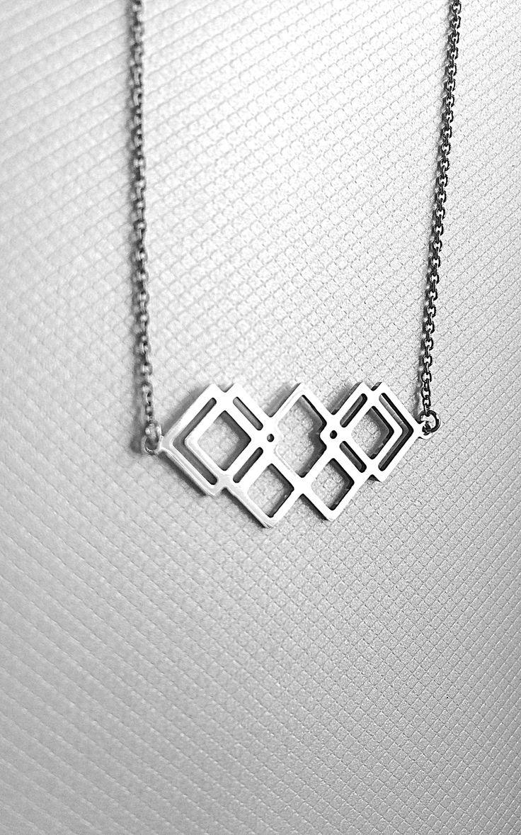 Bo proste jest ładne. Silver necklace.