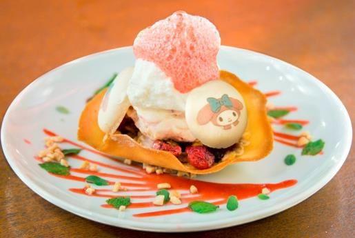 「ふわふわパフェ マカロントッピング」--「My Melody Cafe meets Sign」で http://entabe.jp/news/article/2989