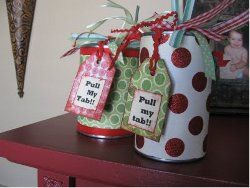 "Another pinner says, ""I've made these several times & it's always a hit because they can't figure out how you get the stuff inside!! LOVE IT!""Teachers Gift, Christmas Goodies, Gift Ideas, Cute Ideas, Small Gift, Gift Wraps, Gift Cards, Christmas Gift, Pop Tops"