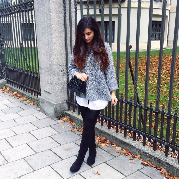 xxl sweater x overknees by Merna Mariella