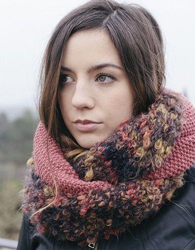 Tijdschrift Beginners 5 Herfst / Winter | 32: Dames Colsjaal | Roestbruin-Mosterdgeel-Oranje / Medium bleekrood