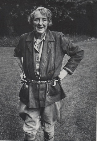 Vita Sackville-West standing in for a farmer challenging the system: Clothes in Books