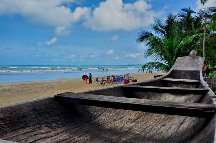 Chaung Tha Beach, Myanmar. Taken using Nikon D90.
