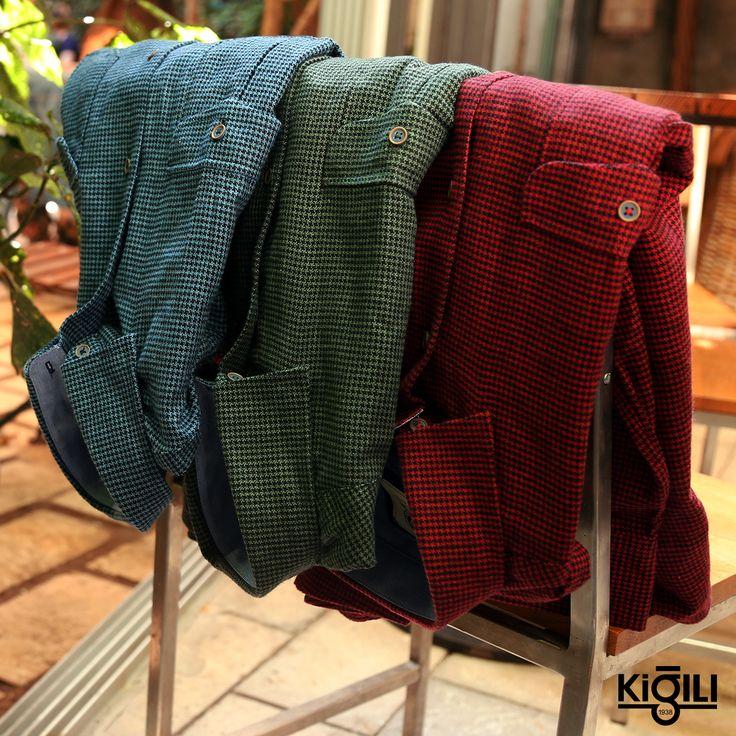Yıllara meydan okuyan oduncu gömlekler güçlü renk ve desen detayları ile sezonun favorisi olmaya aday!