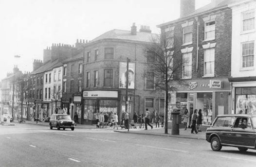 Nottingham Options for this story Mansfield Road, Nottingham, c 1970