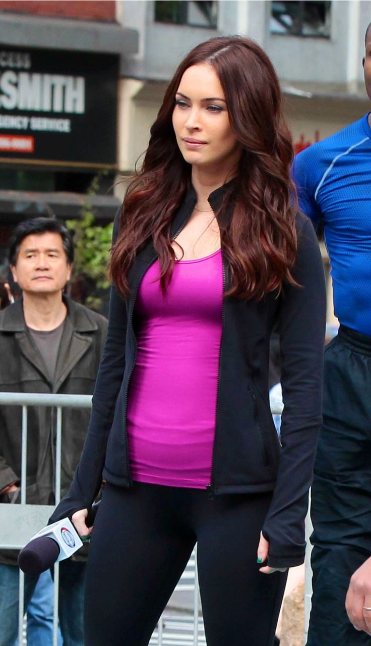 Megan Fox - hair color
