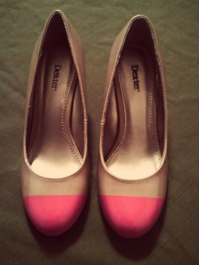 Easy DIY Neon Pumps  Here's a way to make your favorite shoes really stand out. A touch of neon!