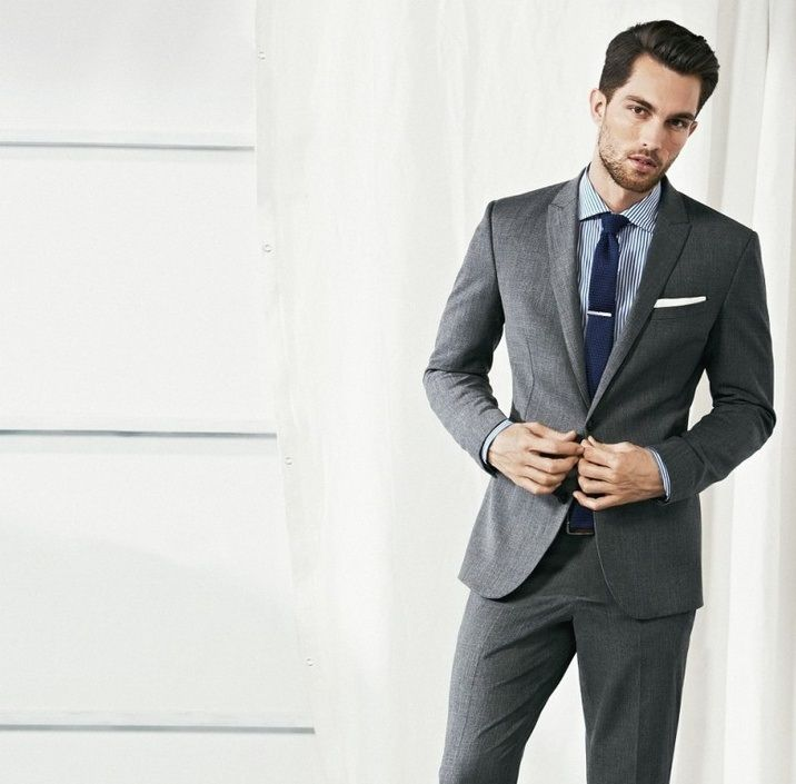Traje gris men style pinterest magenta - Combinaciones con gris ...