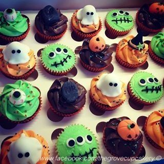 Witch hats ghosts and witches on pinterest for Halloween mini cupcake decorating ideas