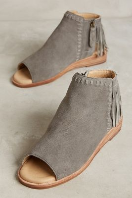 I could do without the fringe, but these are pretty cute!