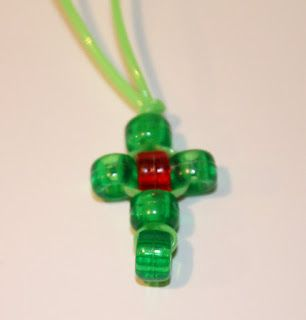 Beaded cross craft for the kids....Easter or Christmas idea!