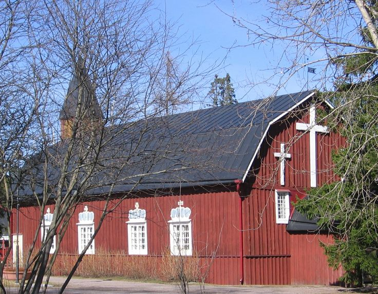 Kellokoski Church was completed in 1800, and is oblong in shape. It was owned by Kellokoski Ironworks until 1967 when Tuusula Parish purchased the church. The crowns above the windows remind of the Swedish era. The church was restored three times, and the latest renovation was done in 1989-1990