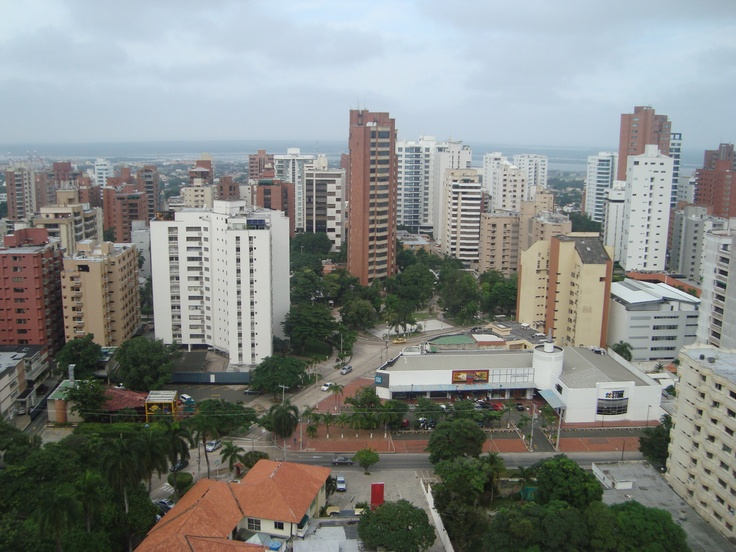 Panoramic view from South to North. George Washington Park in the background, Barranquilla, Colombia