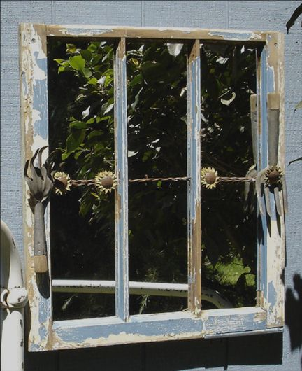 26 best images about old windows on pinterest gardens for Old window panes craft ideas