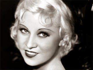 Atrevidas frases sexys de la atrevida y sexy Mae West