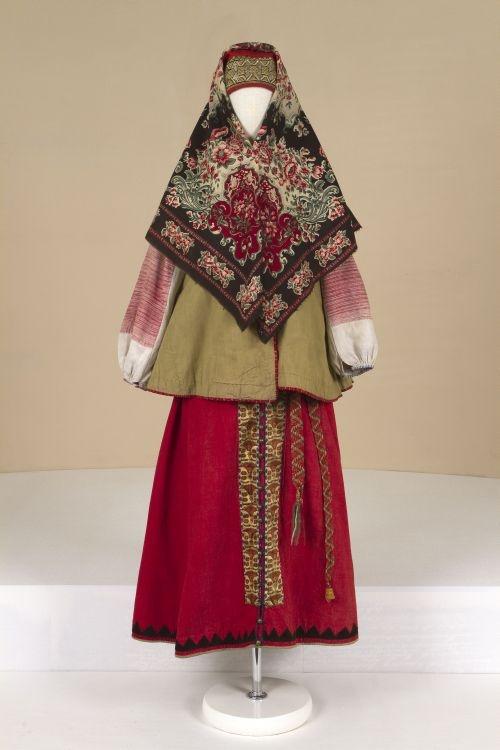 ol< Festiv female costume. second half of the 19th century. Russians. Vladimirskaya Province